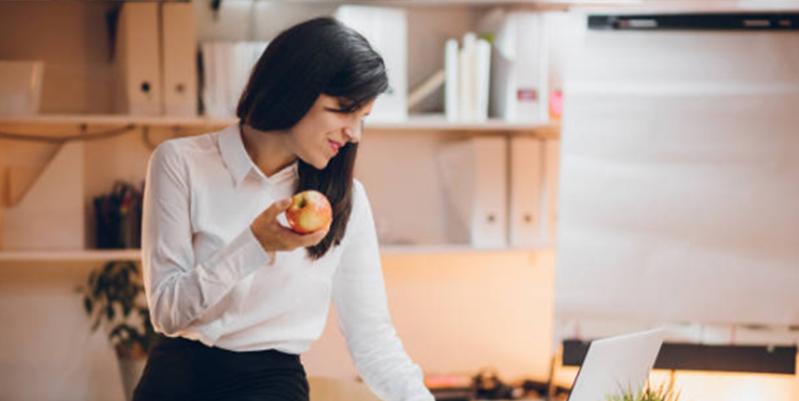 fruta en el trabajo