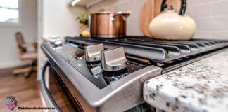 como limpiar un horno lleno de grasa