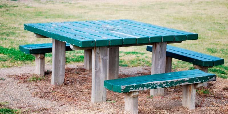 Materiales para construir una mesa de picnic