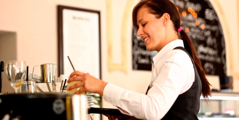 ¿Qué es un camarero? Consejos para camareros novatos