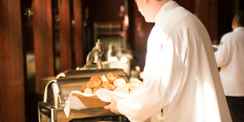 Responsabilidades de un camarero de restaurante