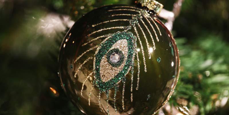 Decoraciones frikis para tus bolas navideñas